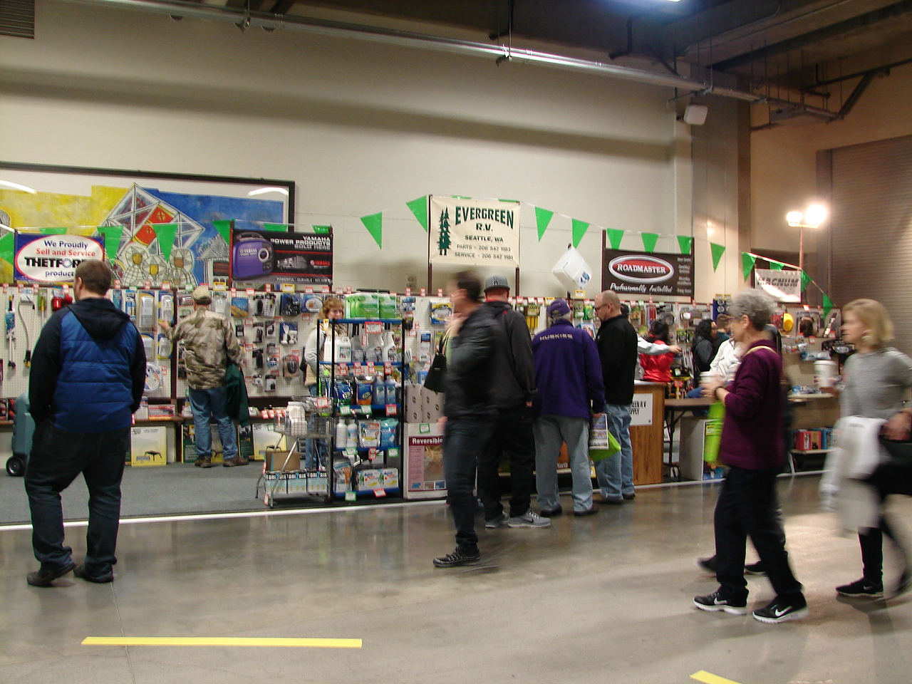 Toys For Tots 2017 Centurylink Seattle : Why attend the seattle rv show